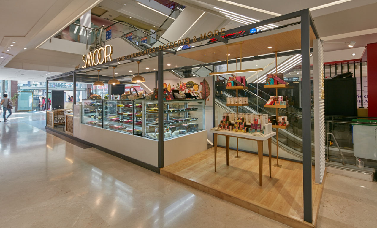 SMOOR OUTLET IN MALL
